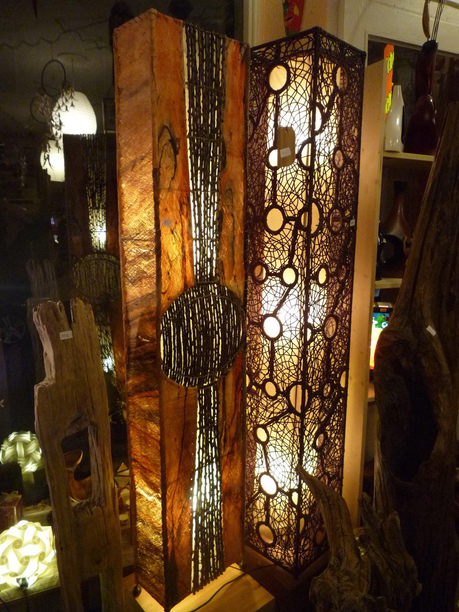 Lampe aus Bast farbig mit Luftwurzeln 150 x 30 cm - Naturlampen24.de
